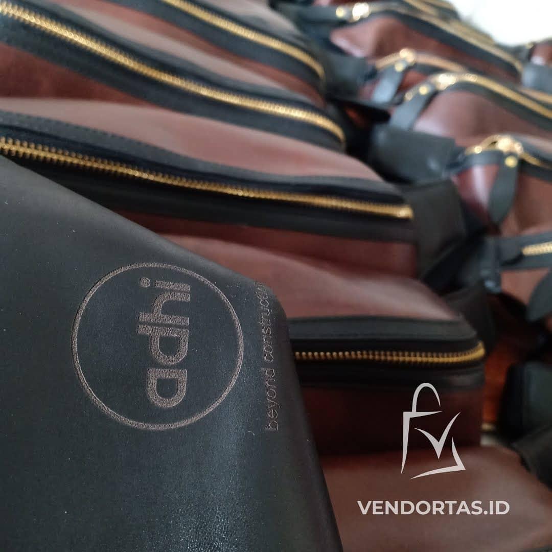 Pesanan Waistbag Kulit Asli untuk ADHI KARYA - Kantor Pusat Jakarta