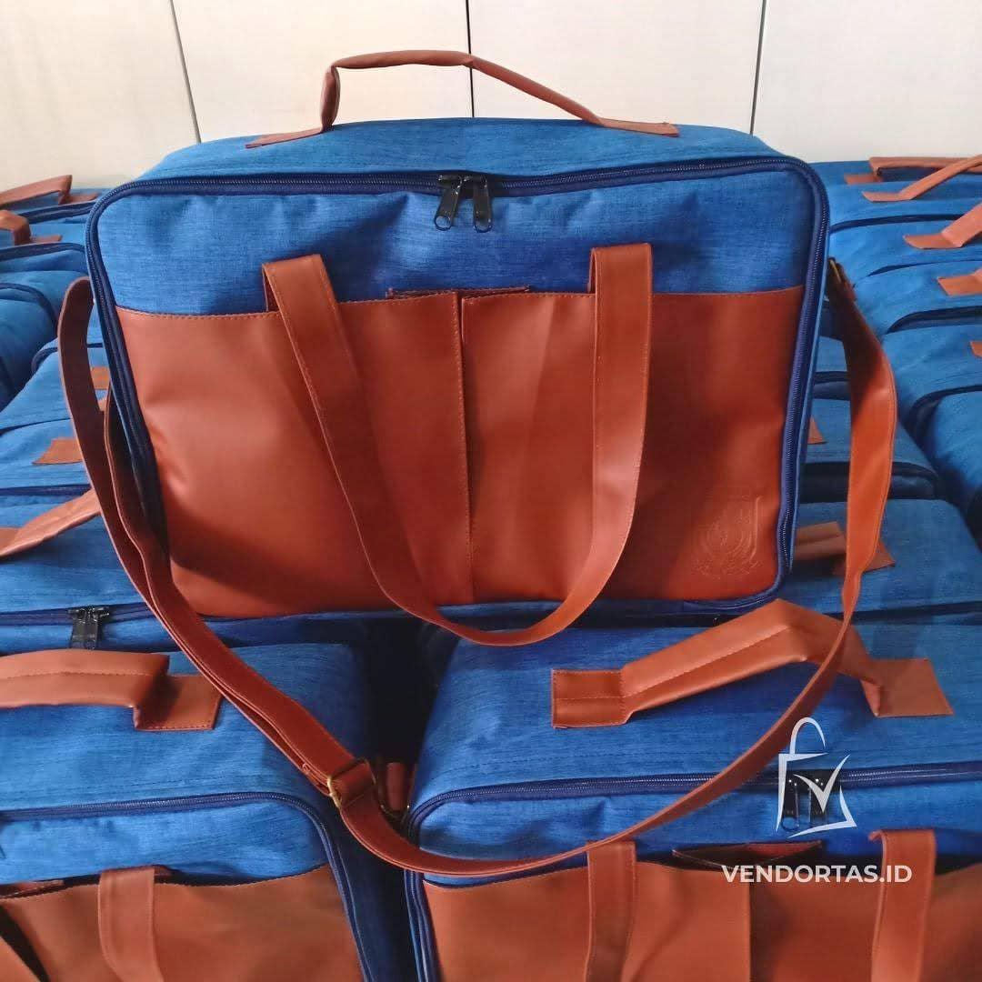 Pesanan Messenger Bag untuk Pemerintah Daerah Provinsi Papua Barat